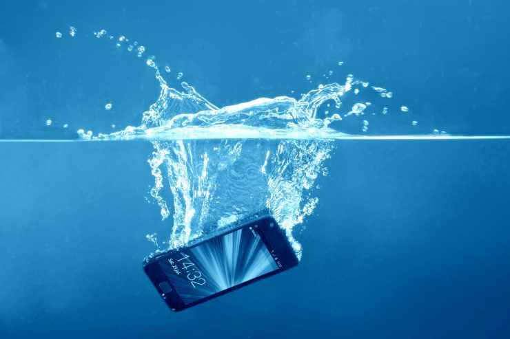 Remove Water from Mobile Phone Speaker